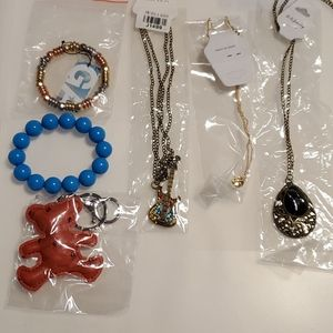Jewelry - @new@ bracelet, necklace